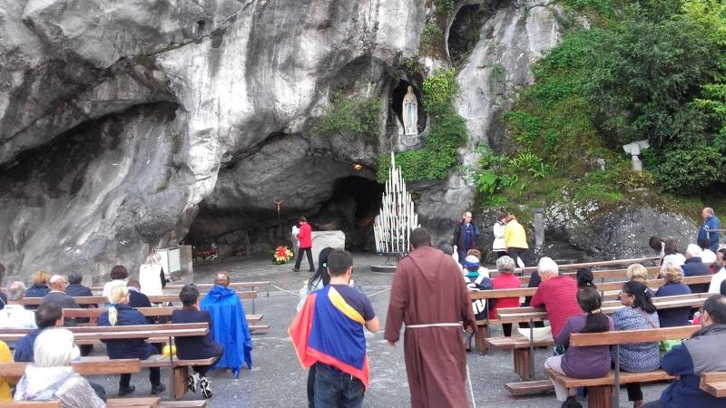 Pielgrzymka samolotowa do Lourdes w roku 160 rocznicy